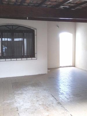 Casa 2 Dormitórios Próximo Supermercado Esperança Em Suzano