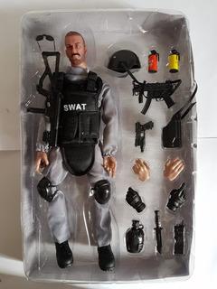 Figura Articulada Soldado Swat Eua Fbi Armas Acessorios 30cm