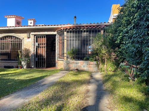 Dueño Vende Hermosa Casa Pinar Sur A 1 Cuadra De La Playa