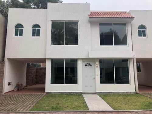 Renta De Casa Nueva En Conjunto Privado En Taxqueña