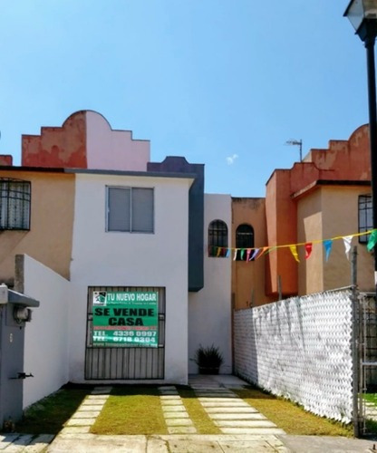 $870,000 Casa 2 Niveles En Cofradia 1