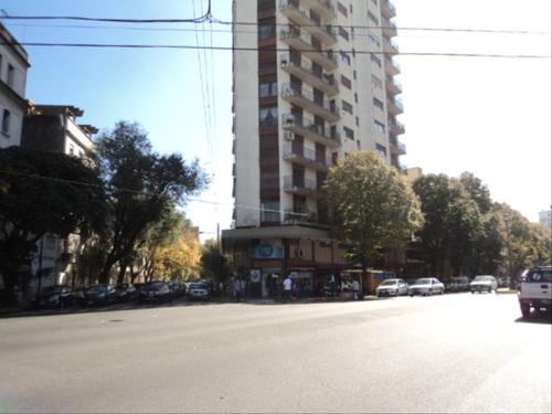 Imagen 1 de 5 de Local Alquiler La Plata Calle 3  Y 45 (ref 1357)
