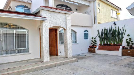 Vendo Casa En Milenio Ill 3 Rec 4 Est 4 Baño T-245m2 C-270m2