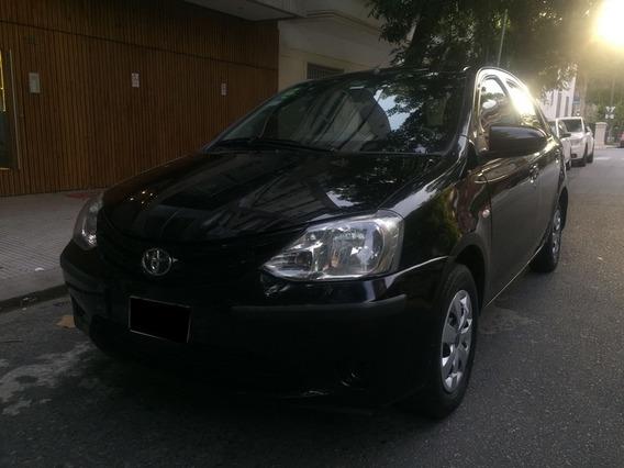 Toyota Etios 1.5 Xs Sedan 2015