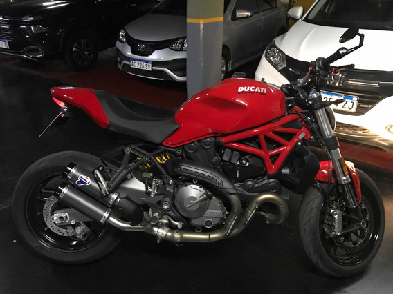 Ducati Monster 821 Línea Nueva