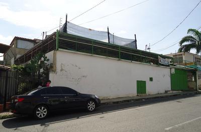 Casa Local Amplia A La Venta En Barquisimeto Este