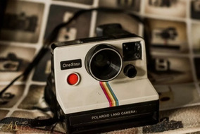 Polaroid Land - Câmera Onestep Rainbow - 1977