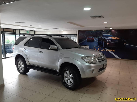 Toyota Fortuner 4x4 Automatica