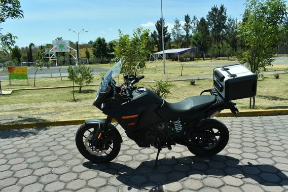 Moto Ktm 1090 Adventure Modelo 2017.