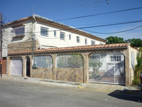 400 M2. Casa En Venta En Naguanagua
