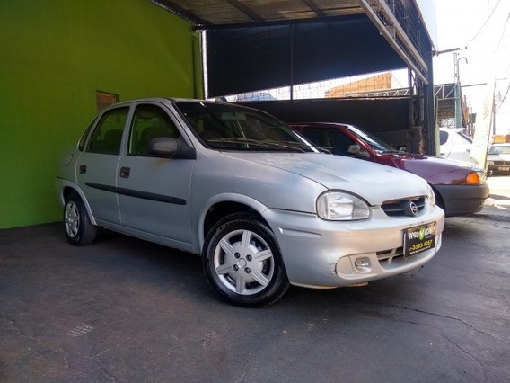 Corsa Sedan 1.0 Mpfi Classic Sedan 8v Gasolina 4p Manual