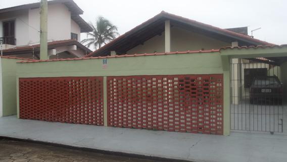 764- Casa Á Venda 160 M² Com 2 Dormitórios Sendo 1 Suite.