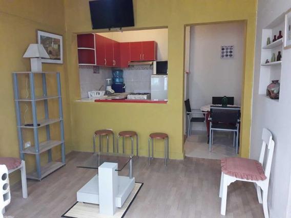 Se Vende Casa De Playa En Balneario De Ancon .