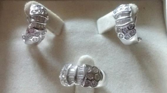 Anillo Y Aretes Diamantes Y Trapecios En Oro Blanco 18 Kts