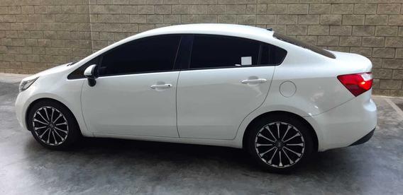 Automóvil Kia Rio Sedan Mod.2014 Mecánico $28.000.000