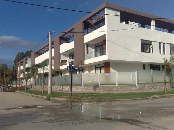 Lujoso Dpto En Pb De 2 Dormitorios C/patio Y Quincho Propio