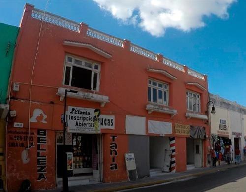 Edificio Con 2 Locales En San Juan