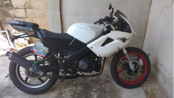 Moto Bera R1 200cc