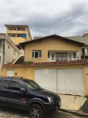Casa Com 3 Quartos Para Comprar No Jardim São Paulo Em Poços De Caldas/mg - 1615