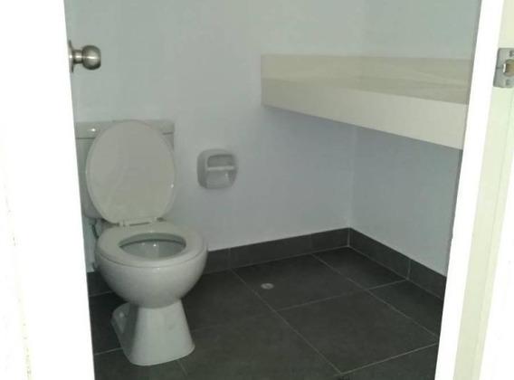 Habitación Amplia Con Baño Propio