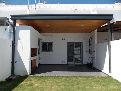 Imagen 1 de 13 de Duplex De 3 Dormitorios  En Barrio Nueva Urca