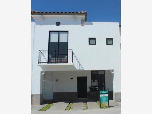 Casa En Venta En Residencial Valle De Los Almendros