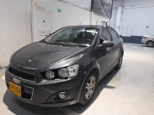 Chevrolet Sonic Lt (154)