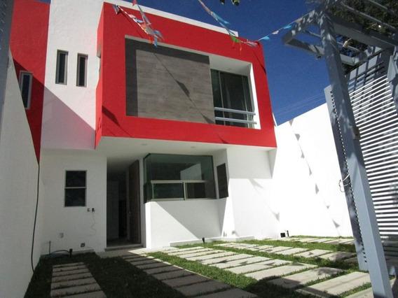 Casa Nueva En Venta En Lomas Tetela En Cuernavaca.