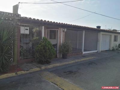 Casas En Venta Urb Villa Paraiso 04125317336