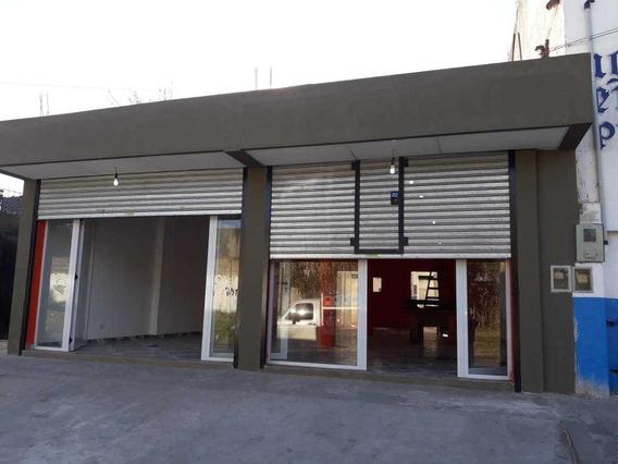 Local En Alquiler Con Fondo Semicubierto En Florencio Varela
