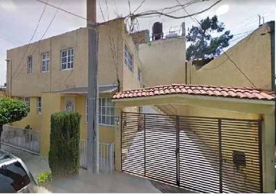 Casa En Venta. Oportunidad. Jardines De Santa M. Cod. Be145