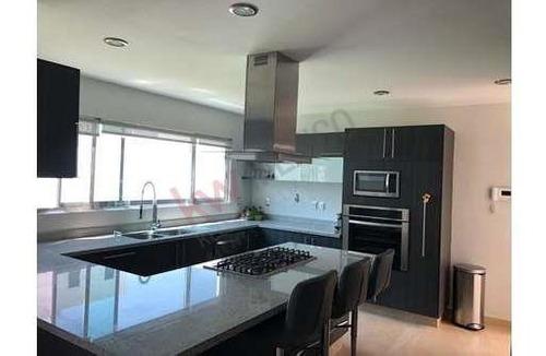 Casa En Venta Querétaro, Lomas De Juriquilla , Jardín $4´300,000.00