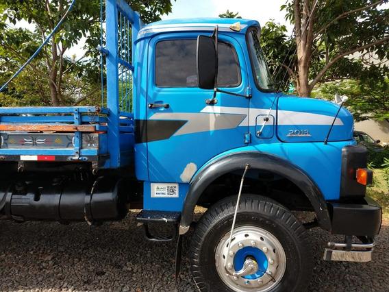 Mercedes 2013 Azul Grade Baixa Freio A Ar Em Todas Roda