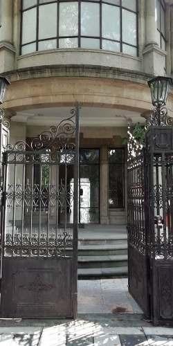 Se Renta Excelente Casa Con Uso De Suelo De 1200 M2 En Insurgentes San Borja.