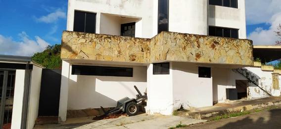Acres 20.2 Alquila Anexo Residencial En Club De Campo Cf