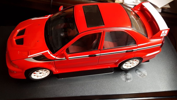 Miniatura Mitsubishi Lancer Evolution Makinen Auto Art 1/18