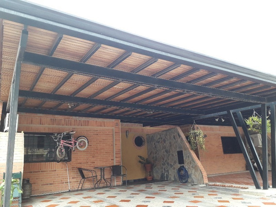 Nestor Moreno Vende Town House En El Trigal Cod:foth-119