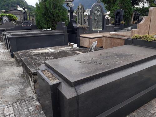 Jazigo Perpetuo Cemiterio  Sao Joao Batista