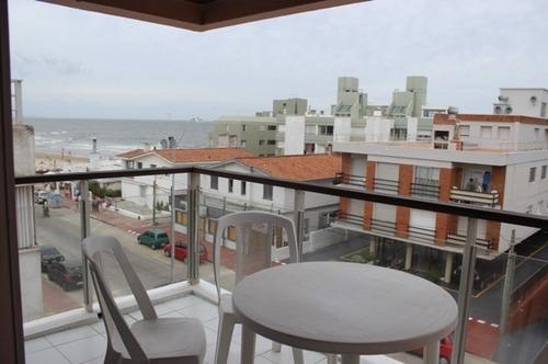 Apartamento En Alquiler De 2 Dormitorios En Peninsula