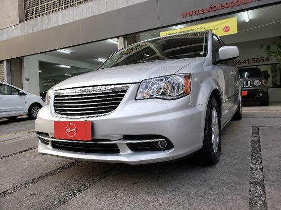 Chrysler Town & Country 2012 / Town & Country V6