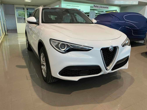 Alfa Romeo Stelvio 2.0 200cv Distinctive Q4