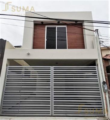 Pre-venta De Casa En Col. Estadio 33, Cd. Madero, Tamps.
