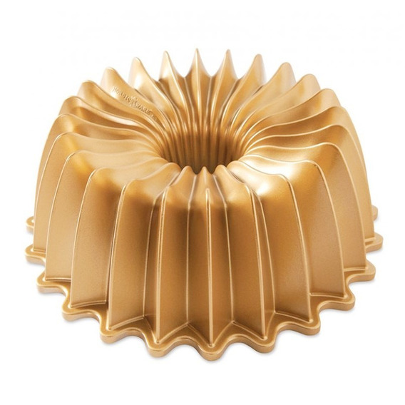 Molde Nordic Ware Bundt Brilliance Pan