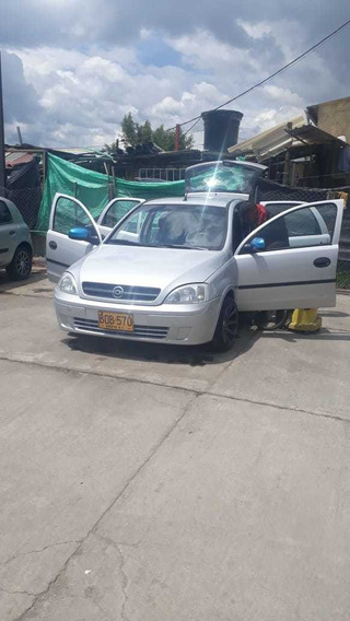 Chevrolet Corsa Evolution Mod 2004 $ 15.500.000