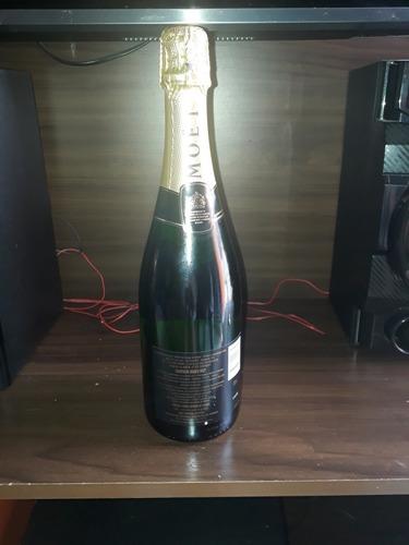 Imagem 1 de 3 de Moët & Chandon Champagne