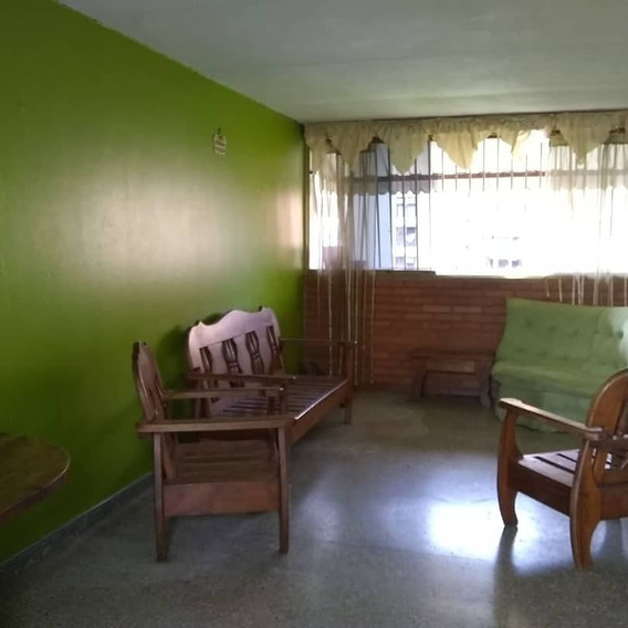 Se Ofrece En Venta Apartamento Económico Parque Aragua