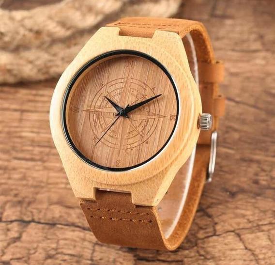 Relógio De Madeira Minimalista Natural