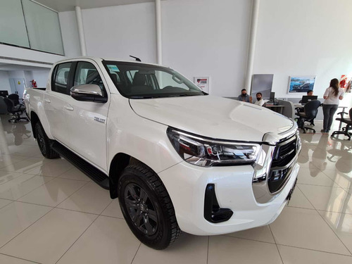 Toyota Hilux 2021 2.8 Cd Srv 177cv 4x4 At