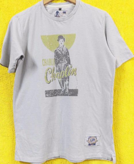 Camiseta Charlie Chaplin Retrô Premium