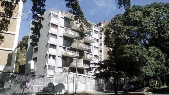 Apartamentos En Venta El Marques 20-10033 Rah Samanes